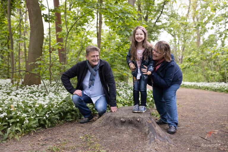 Familienshooting-in-der-Natur-Fotograf-Leipzig